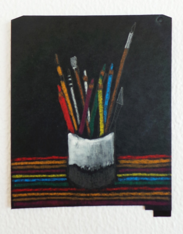 crayons smol